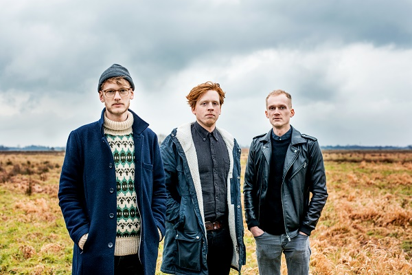 we had to leave. -Band Foto 1 - Oliver Schweers